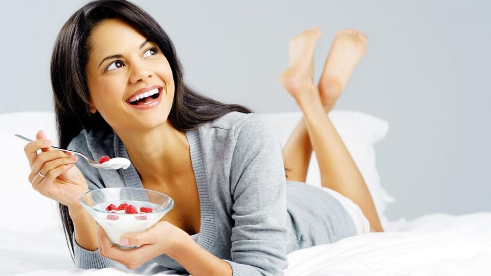 PREDIMED Study vs. Look AHEAD Study: Mediterranean Diet vs. Low Fat Diet